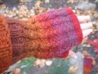 Handspun_wristwarmers_1