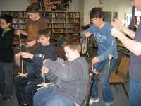 Boys_with_drop_spindles_005